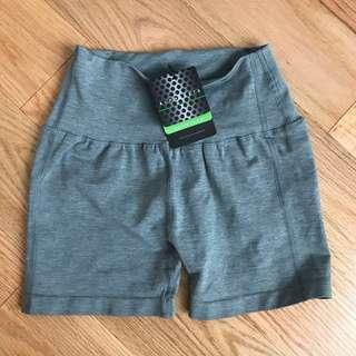 Alphalete Revival Shorts in Cool Grey (S)