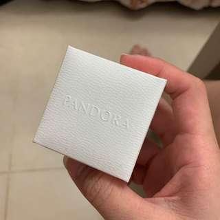 🚚 Pandora 潘朵拉戒指收納盒