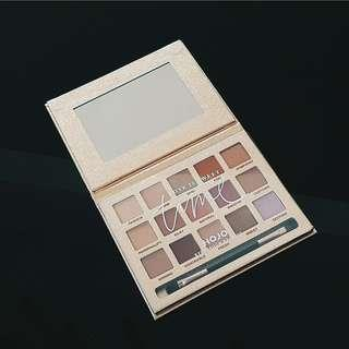 """Time"" Eyeshadow Palette"