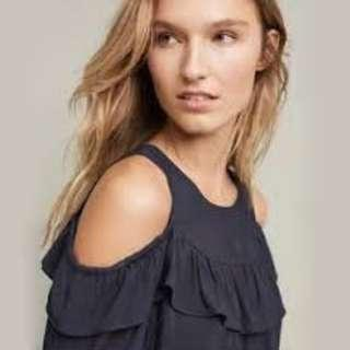 Maeve  Anthropologie Brearly Open Shoulder Top - size 8