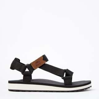 BNIB Roots Black Velcro Sandals 37