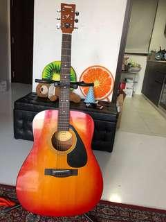 🚚 Yamaha Acoustic Guitar F310 Cherry Burst
