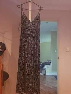 Showpo jumpsuit size 8
