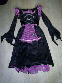 Witch costume 4-6 yrs old