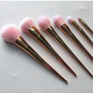 🆕 FOREVER 21 Cosmetic Brushes Rose Gold (Full Set)