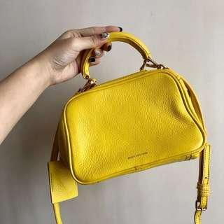 Juicy Couture 💛 Cross Body Bag