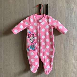粉紅色 花朵 刺繡米妮 搖粒絨 新生兒 包腳 連身衣 兔寶寶裝 包屁衣