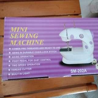 Mini Sewing Machine, SM-202A