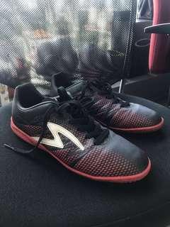 Sepatu Futsal Specs ORI - merah hitam