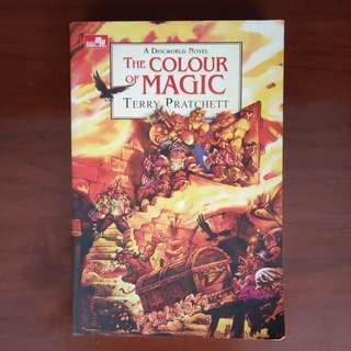 "NOVEL ""The Colour of Magic"""