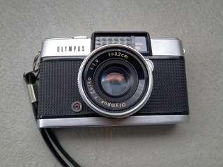Olympus pen-d f1.9 half frame film camera 菲林相機