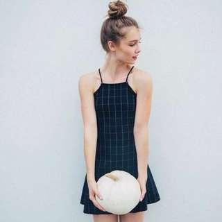 🚚 NFS ATM brandy melville abigail grid halter dress