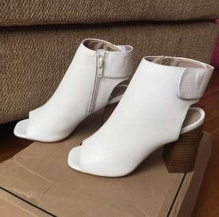 1000% ORI NEW ASOS WHITE SHOES