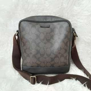 Authentic Coach Monogram Darkbrown slingbag🥇🥇🥇