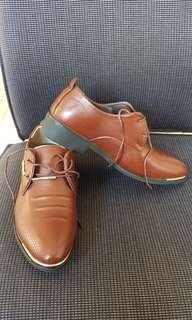 Mens shoes size 38
