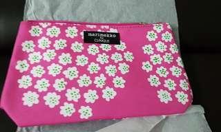 🚚 Genuine Marimekko & clinique cosmetics clutch & card holder