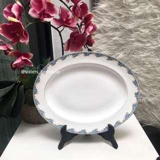 ROYAL DOULTON Marlborough, English Fine China Oval Platter