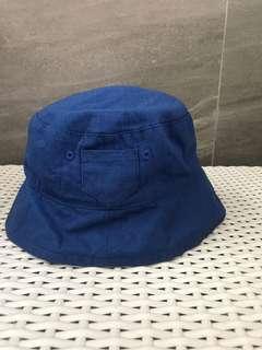 Topi biru blue hat
