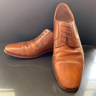 Cole Haan Brown Hard Leather Formal Shoe