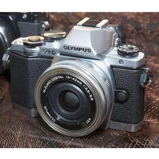 Olympus OMD EM10 Mark II Kit14-42mm EZ Bisa Cicilan Tanpa Kartu Kredit