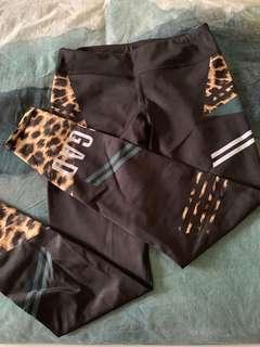 Jaggad Fantasia printed tights
