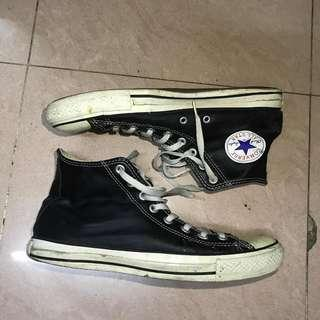 Converse leather size US 9