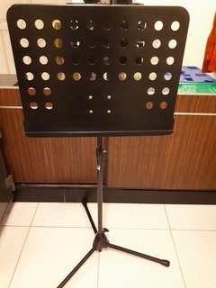 Buku Musik Standing