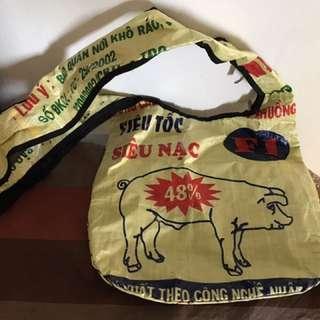 Torrain Sling Bag