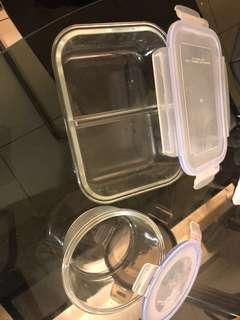 2 glass containers 1 oven bowls