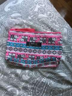 🚚 Tribal print pink thailand pouch