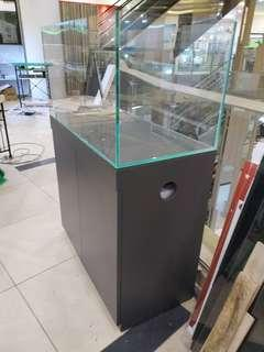 90x45x45cm tank with cabinet