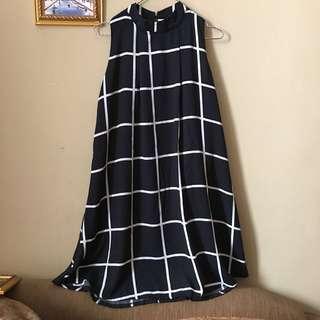 Grid Turtle Neck Dress