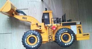 CAT模型挖掘車(較大模型)