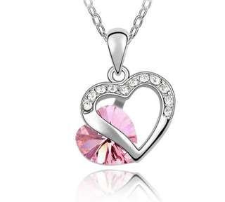 🚚 Swarovski elements crystal heart necklace