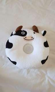 BNIB Cow Sleeping pillow speaker