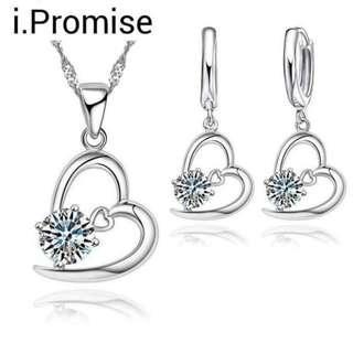 🚚 925 silver swarovski elements crystal heart necklace earring set