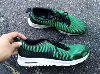 Green Nike Shoes Size 8