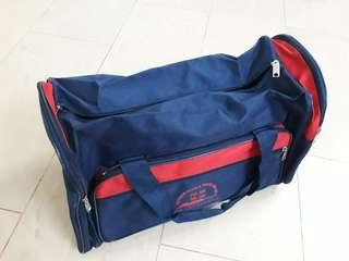 Travel bag (size:50cm x 25cm x 30cm)