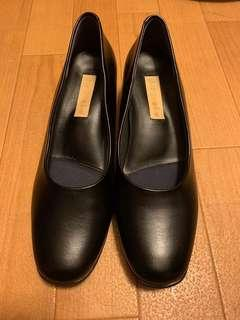 Furio Valenting 黑色高踭鞋