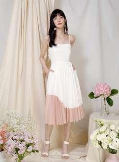 🚚 [AndWellDressed] Eternity Tie Back Pleated Dress