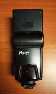 Nissin DI622 speedlite Canon