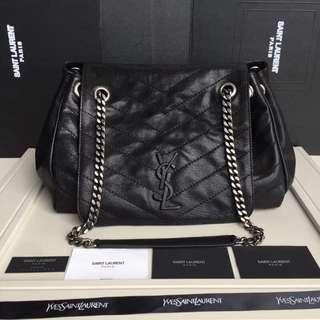b3e78e9ffaeb YSL Chain Shoulder Bag