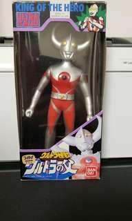 BANDAI 超人之父 大牛角版 懷舊絕版造型 Ultraman King of The Hero (非POPY 膠魂 EX)