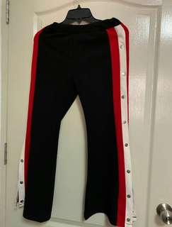🚚 Track pants