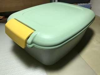 日本密封儲物膠箱