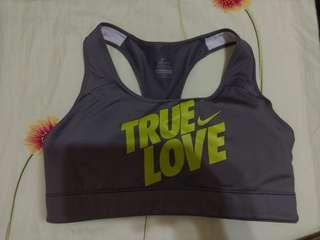 平讓包平郵~ Nike dri-fit sports bra M size