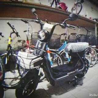 全新電動自行車