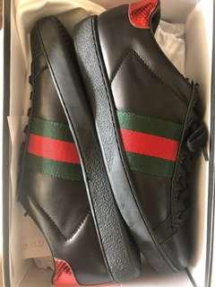 🚚 Gucci sneakers 👟