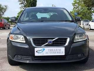 Volvo S40 2.0A for Rent