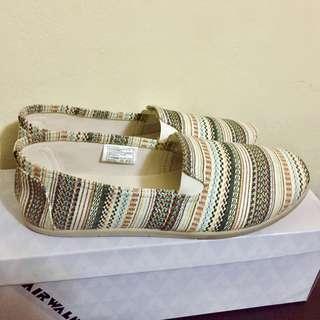 Brand New Airwalk Aztec Printed Shoes